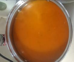 Esencjonalna zupa pomidorowa (nie krem)